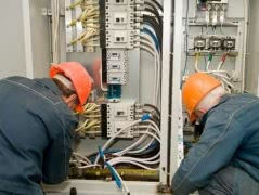 Электрик c большим опытом работы на дом в Тобольске