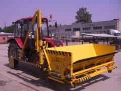 Навесное оборудование для укрепления и устройства обочин