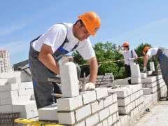 Нужны каменщики на постоянную работу