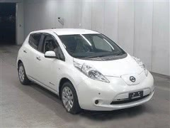 Электромобиль Nissan Leaf кузов AZE0 хэтчбек 2012 года